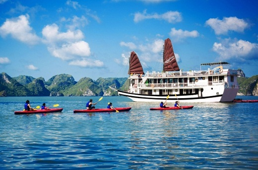 Deluxe Halong Swan Cruise ***